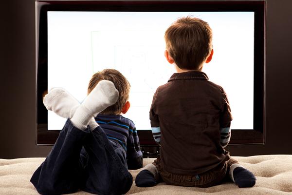 बॉलीवुड फिल्में बच्चों में अस्वास्थ्यकर आदतों को बढ़ावा दे रहीं