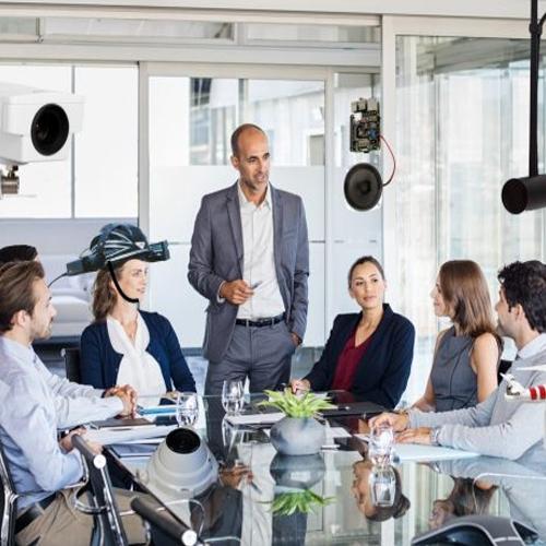 बॉस या दोस्त! कार्य संबंधों में स्पष्टता का महत्व