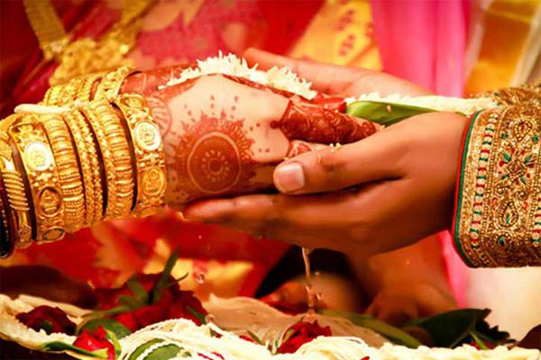 शादी के बाद लड़कियों की लाइफ में आते हैं ये बदलाव.....