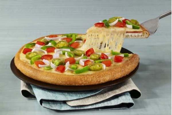 घर पर ऐसे बनाएं Cheese Burst Pizza.......