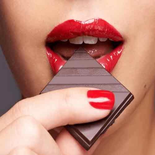 विशेषज्ञ से जाने चॉकलेट खाने के फायद...