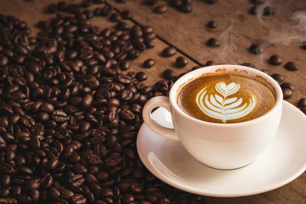 कॉफी : बेहतरीन पेय होने के साथ यह बीमारी रोकने में भी खास भूमिका