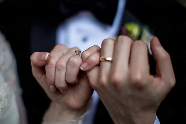 'फेसबुक डेटिंग' एप अपने यूजर्स को दोस्तों के  साथ रोमांटिक रिश्ता बनाने में करेगा मदद