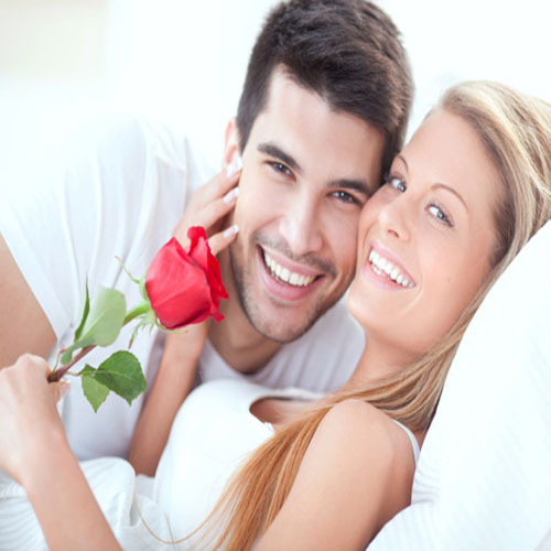 रोमांटिक एण्ड सेक्सी सिग्नल जो बनाएं आपको...
