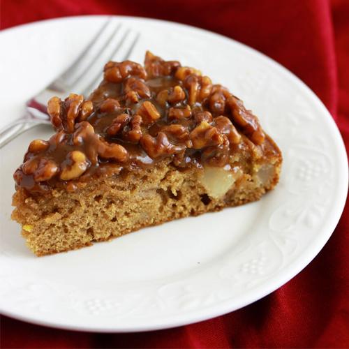 यम्मी-यम्मी वालनट केक का मजेदार स्वाद