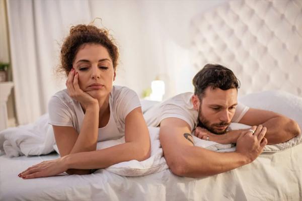 नहीं बोले ऐसे शब्द जो पति-पत्नी के रिश्ते में डालते हैं दरार, दूर तलक जाती है बात