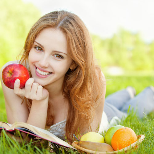 सेब खाएं और डॉक्टर को दूर भगाएं