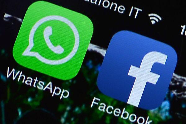 भारत में फेक न्यूज की फैक्ट्री बन गए हैं फेसबुक, व्हाट्सएप