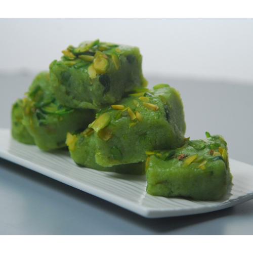 घर पर जरूर बनाए हरी मटर की बर्फी