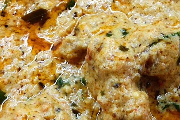 ऐसे बनाएं चिकन चंगेजी रेसिपी