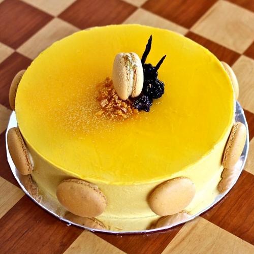 Mango के शौकीनों के लिए टेस्टी मैंगो लेयर केक