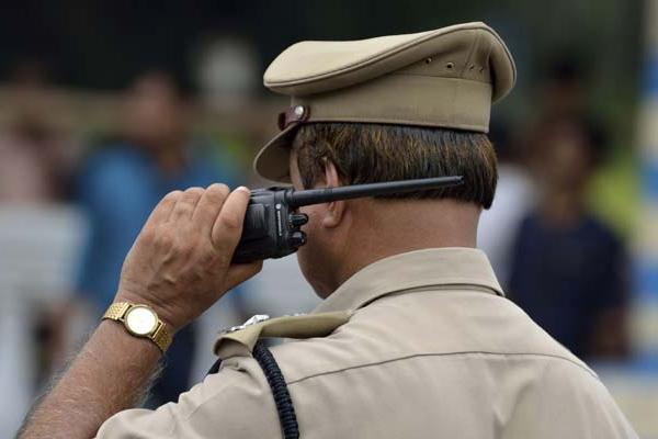 12वीं पास युवाओं के लिए पुलिस में यहां निकली भर्ती, करें आवेदन