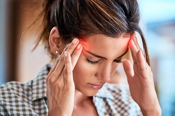 इन घरेलू उपाय से सिरदर्द की परेशानी में मिलती है राहत