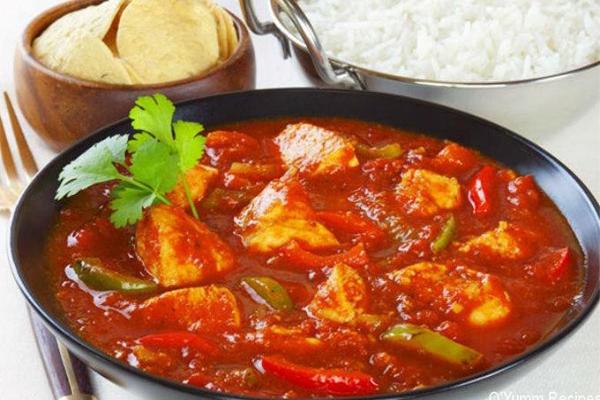 नॉन-वेज खाने के शौकीन घर पर इस तरह बनाएं Indian Tomato Chicken
