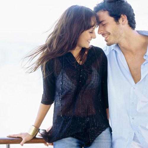 10 Naughty Tips जो रिश्तों में भरें रंग