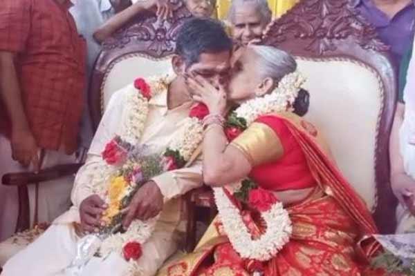 केरल में विवाह के बंधन में बंधा वृद्ध जोड़ा, देखें तस्वीरें