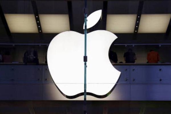 अगले महीने लॉन्च होगा 13 इंच का फोन मैकबुक प्रो