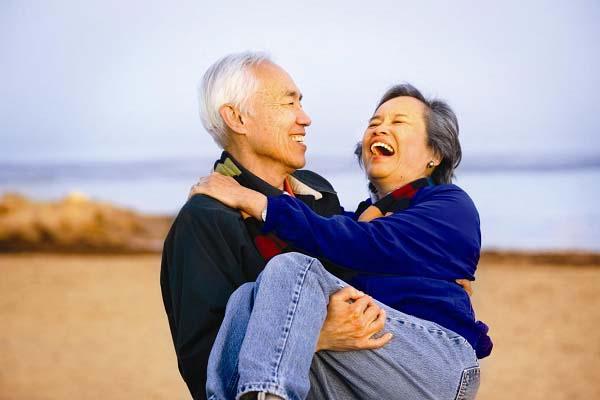 आपके पुराने रिश्ते में ऐसे लाएं नयापन.....