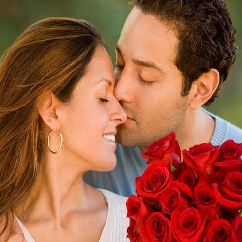 रोमांस बढाए शारीरिक सुंदरता,निखारे चेहरा