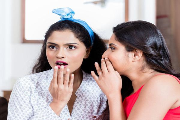 लोग रोज औसतन 52 मिनट करते हैं गपशप