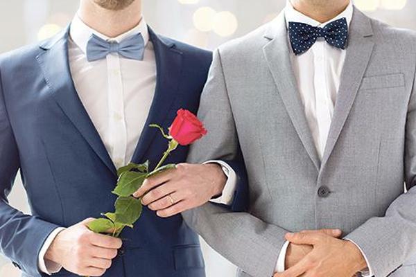 लोग समलैंगिक विवाह को कानूनी मान्यता चाहते हैं : अध्ययन