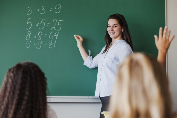 हरियाणा में जल्द होंगी 16,595 अध्यापकों की भर्ती