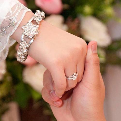 Married लाइफ:अपनाइये चंद Romantic आइडियाज