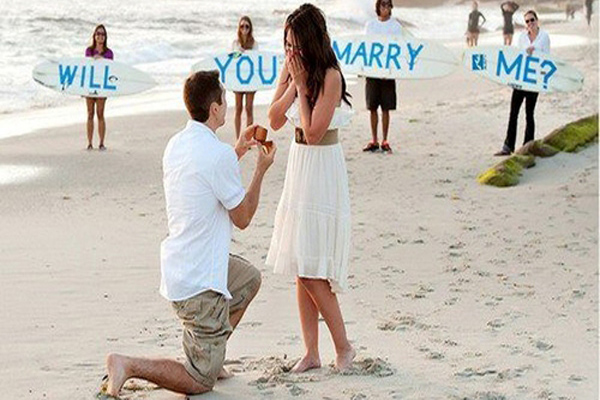 पार्टनर को शादी के लिए ऐसे करें प्रपोज