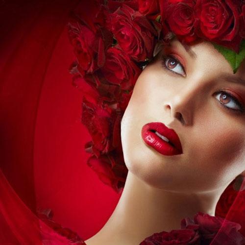 गुलाबजल से मिले गुलाबी निखार