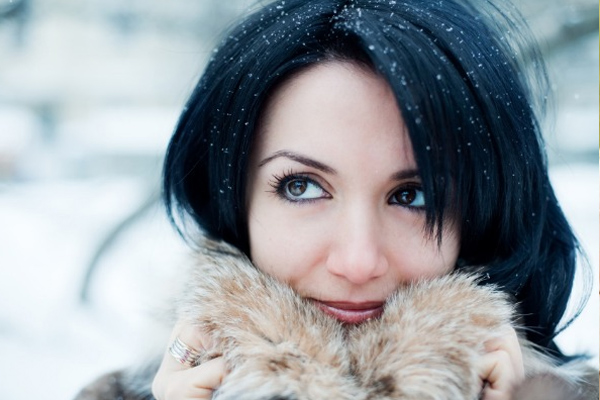 सर्दियों में त्वचा, बालों की यूं करें देखभाल