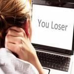 'ऑनलाइन बुलिंग' से डिप्रेशन का शिकार होते हैं किशोर