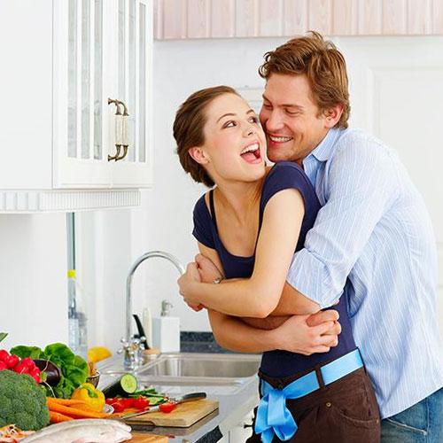 किचन में रोमांस के स्मार्ट 9 टिप्स