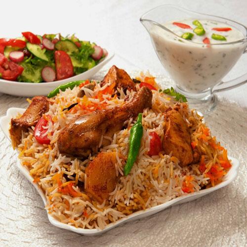 कमाल के जायके में हैदराबादी बिरयानी - Hyderabad Biryani Recipe