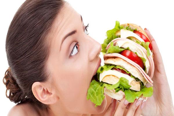 अगर आपको लगे बार-बार भूख..तो ना करें इन बातों को नजर अंदाज.....