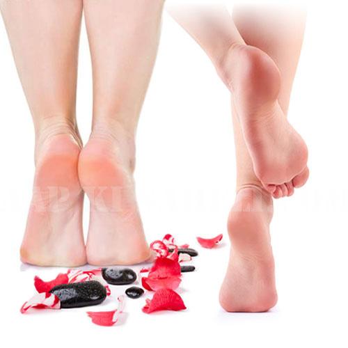 Socks में नीबूं रखने से पैर बनेंगे मुलायम!