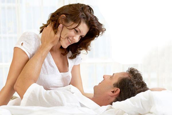 खुशहाल शादीशुदा जिदंगी जीने का ये है सबसे बढिया फार्मूला