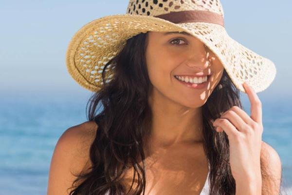 गर्मियों में दमकती त्वचा के लिए करें ये उपाय