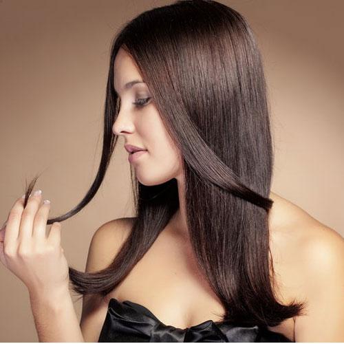 बालों को शाइनी करने के लिए आजमाएं घरेलू नुस्खें