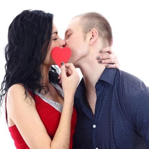 प्रेम के स्पर्श में मदहोश होने के लिए आजमाएं...
