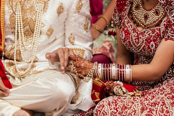 शादी की उम्र में नहीं करें ये गलतियां तो जल्द होगी आपकी शादी