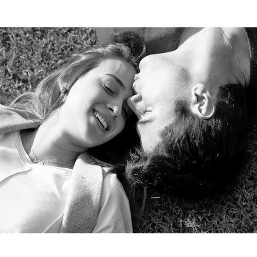 प्यार के हर पल को रोमानी व रोमांचिक बनाने के उपाय