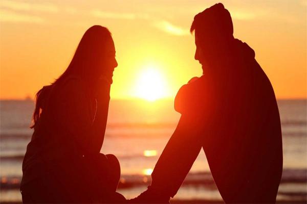 जब लड़का करने लगे ये सारी बातें,,तो समझे वो तोड़ना चाहता रिश्ता