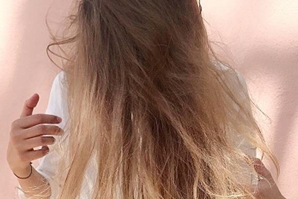 नारियल का तेल बालों के लिए है सबसे बेहतर