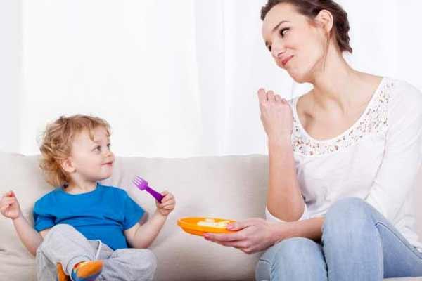 संकेतो के माध्यम से करें शिशु से बातें