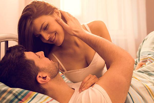 पतियों से भरपूर प्यार पाने के लिए इन तरीकों को जरूर अपनाएं