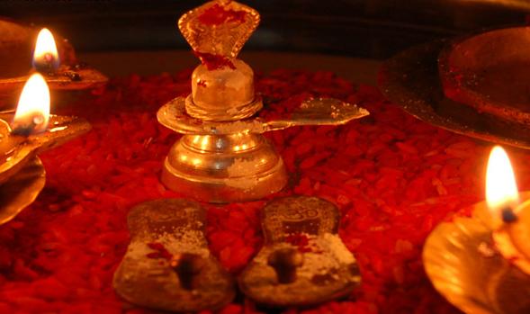मनचाही इच्छा पूरी करवाने के लिए महाशिवरात्रि को करें चार प्रहर की पूजा