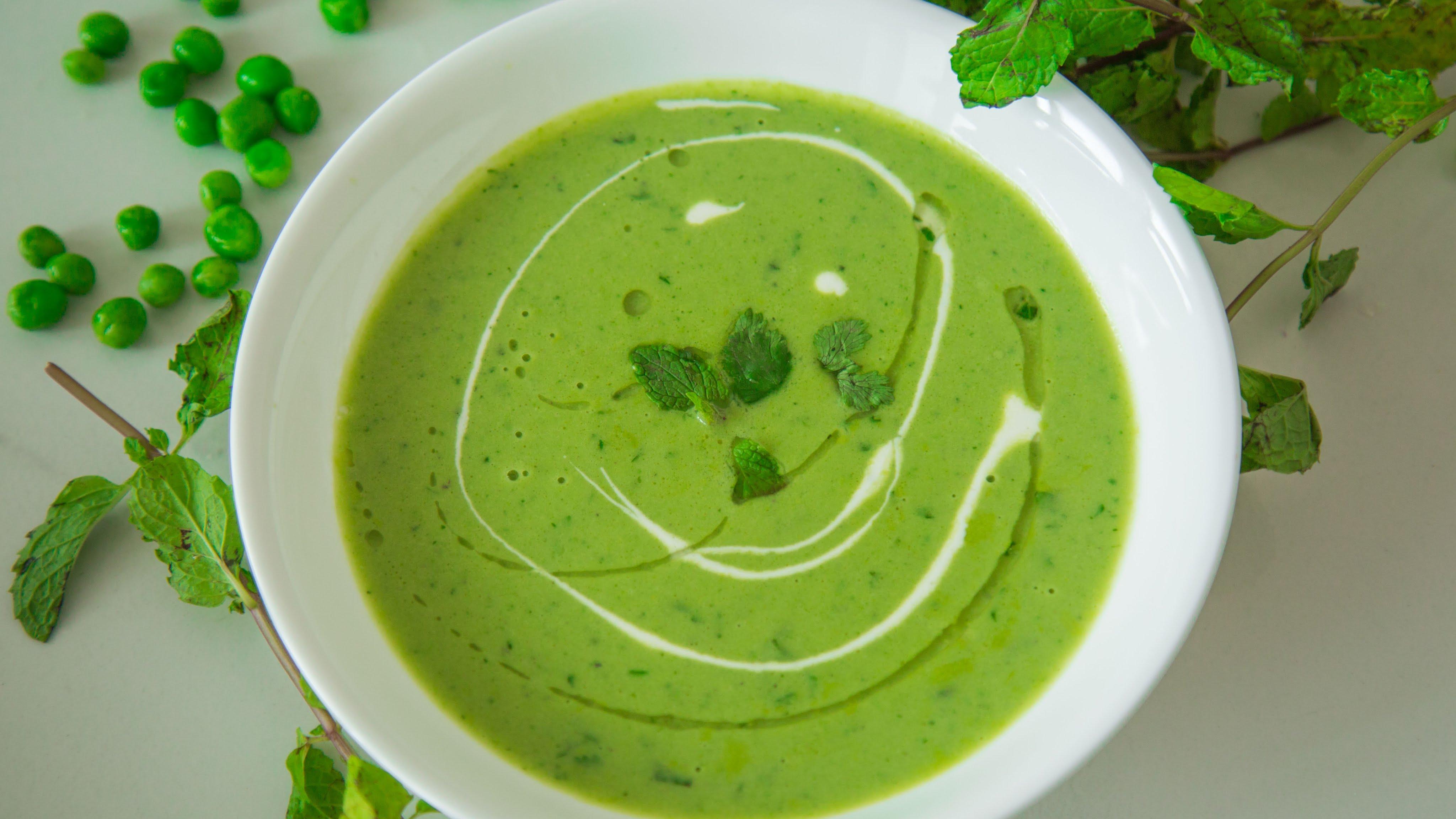 घर पर ऐसे बनाएं गर्मा-गर्म टेस्टी और स्पाइसी सूप.....