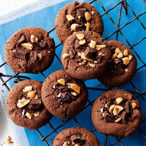 हमने तो खा लिये घर के बनें चॉकलेट बिस्किट और आपने...